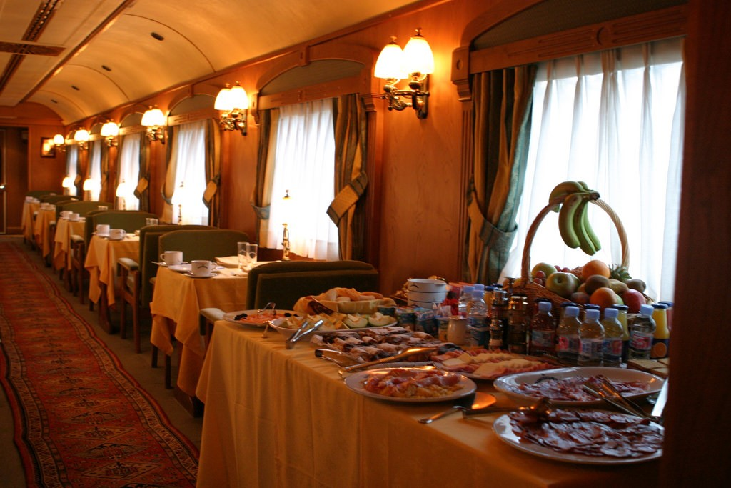 What railways need to know about on-train fine dining